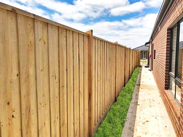 Timber Fencing Melbourne, Timber Fence Panels Melbourne, Fencing