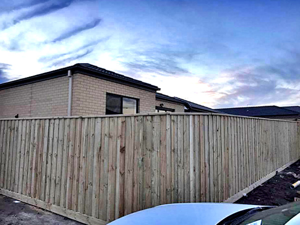 Best Timber Fencing in Greenvale