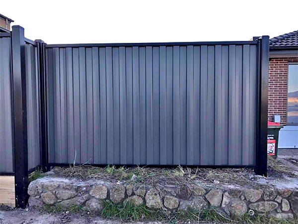 Cheap Colorbond Installer in Tullamarine