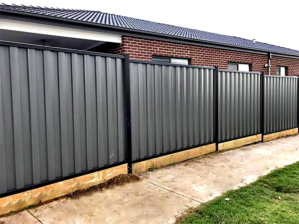 Colorbond Installer in Tullamarine